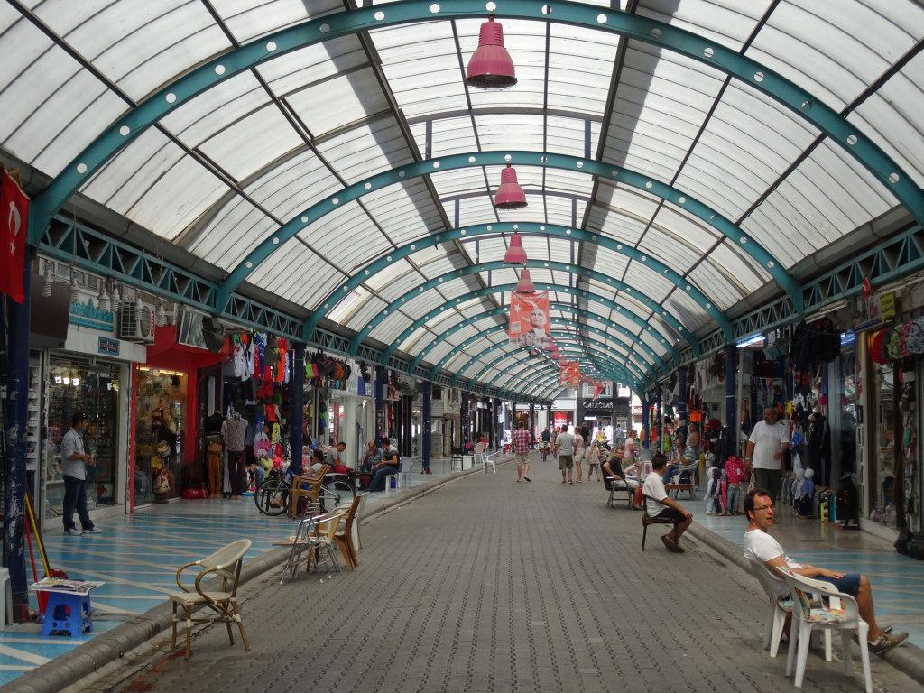Marmaris - Im - nachträglich - überdachten Bazar