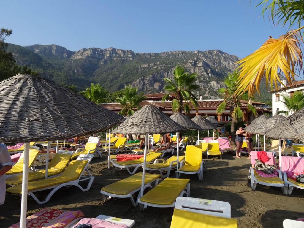 Der Strand des Hotels Yücelen