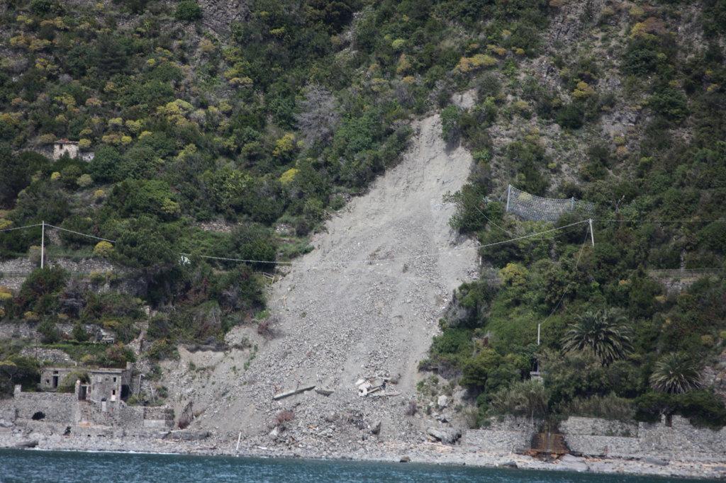 Cinque Terre - Wanderweg durch Erdrutsch verschüttet