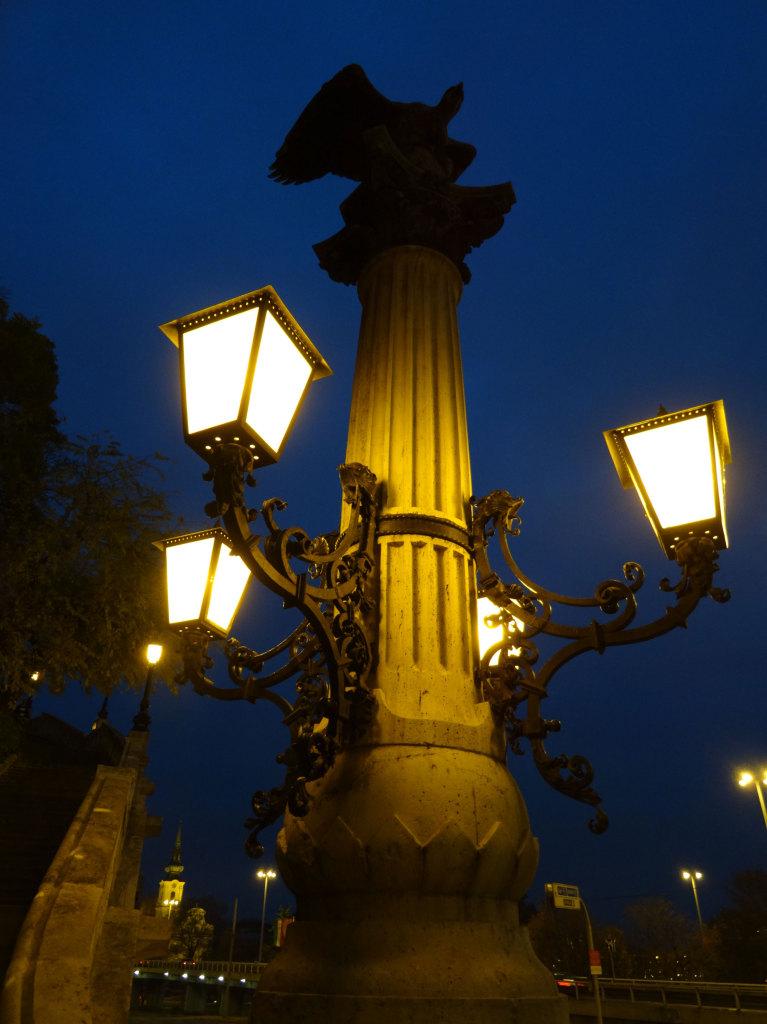 An der Elisabethbrücke