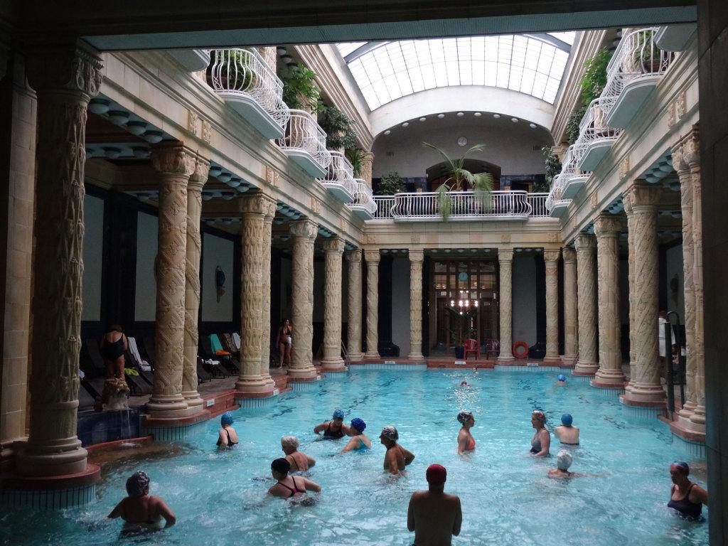 Gellértbad - Schwimmbecken