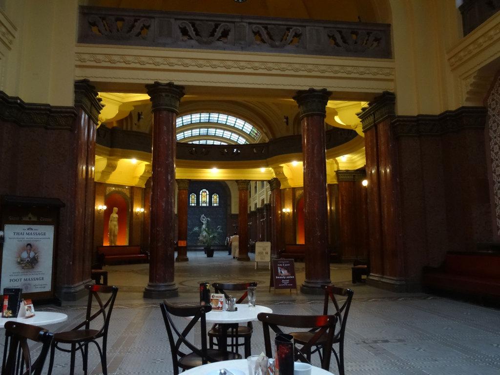 Gellértbad - Lobby
