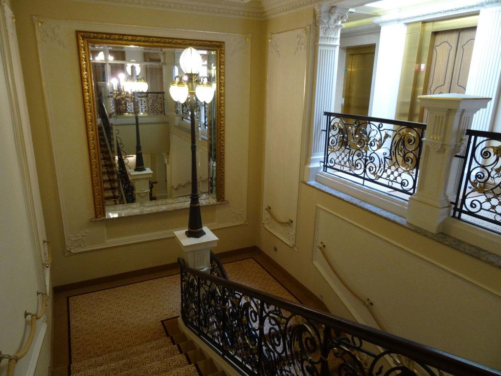 Quisisana Palace - Treppenhaus
