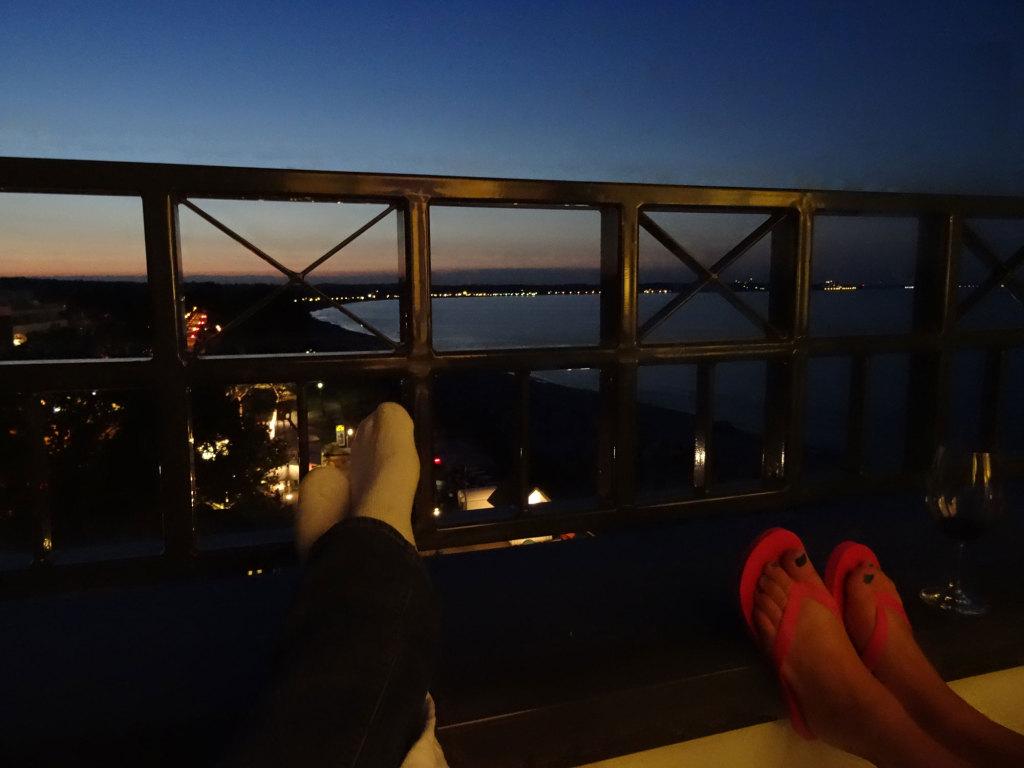 Nächtlicher Blick vom Hotel Bayside