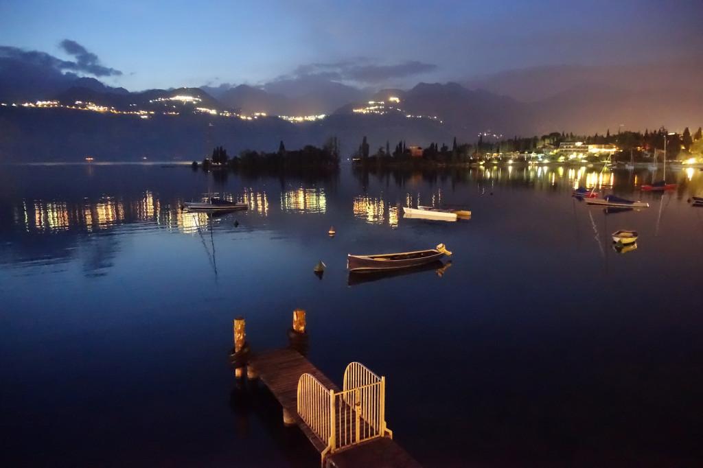 Val di Sogno - nächtlicher Blick auf den See