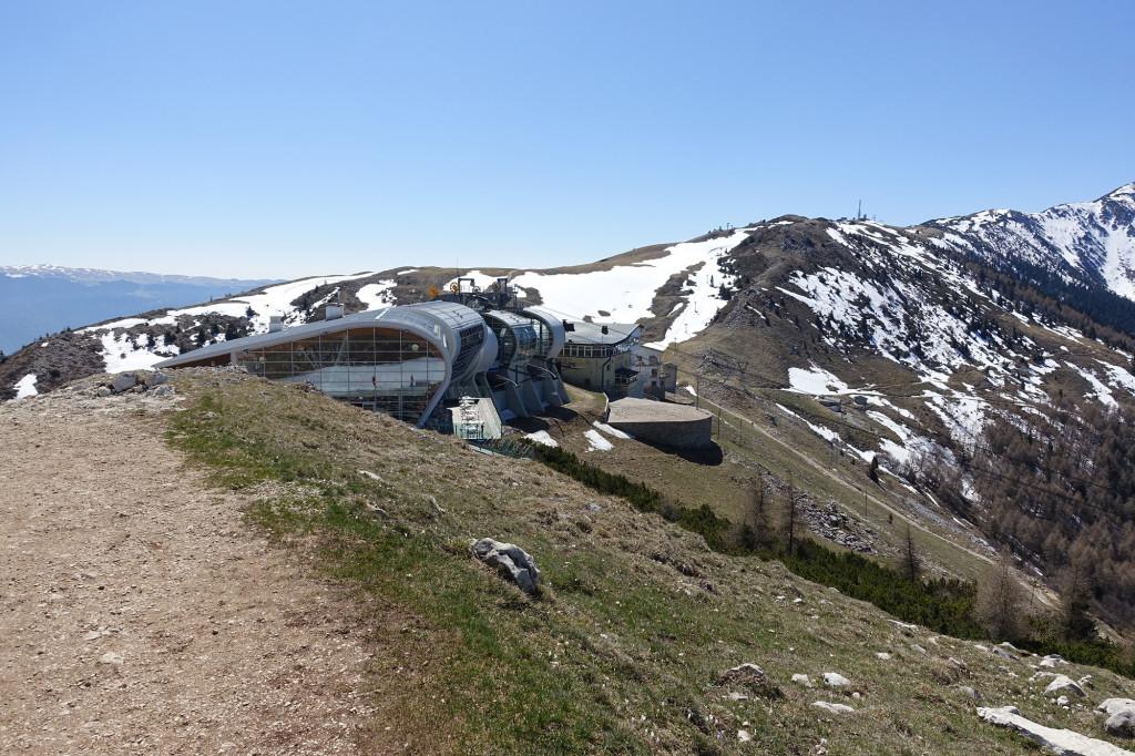 Monte Baldo - Blick auf die Bergstation