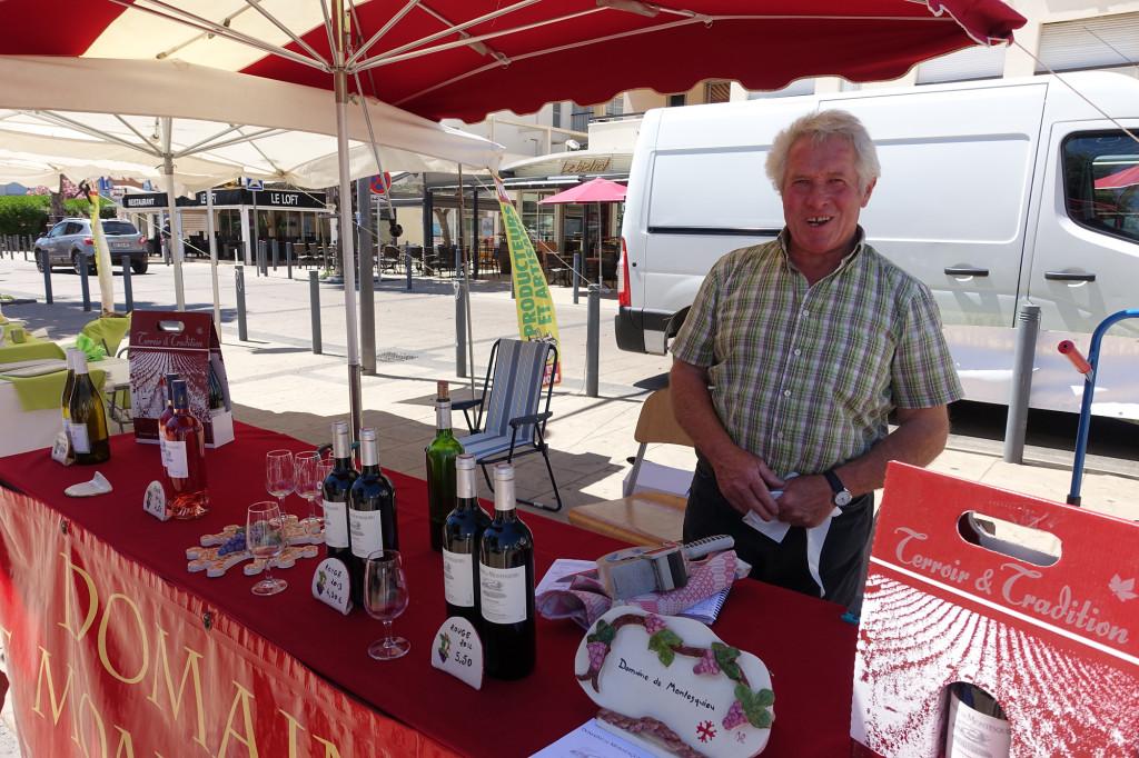 Netter Weinverkäufer