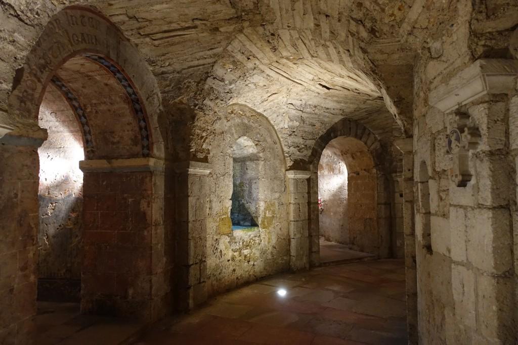 St. Philibert - Krypta