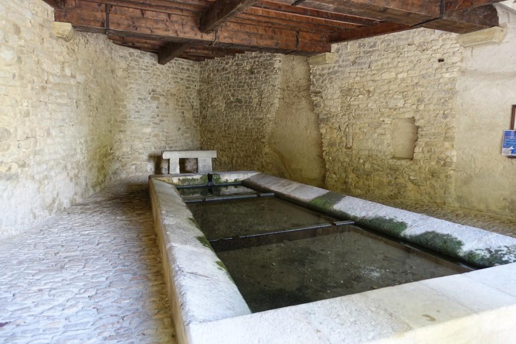 Saignon - der alte Dorf-Waschplatz