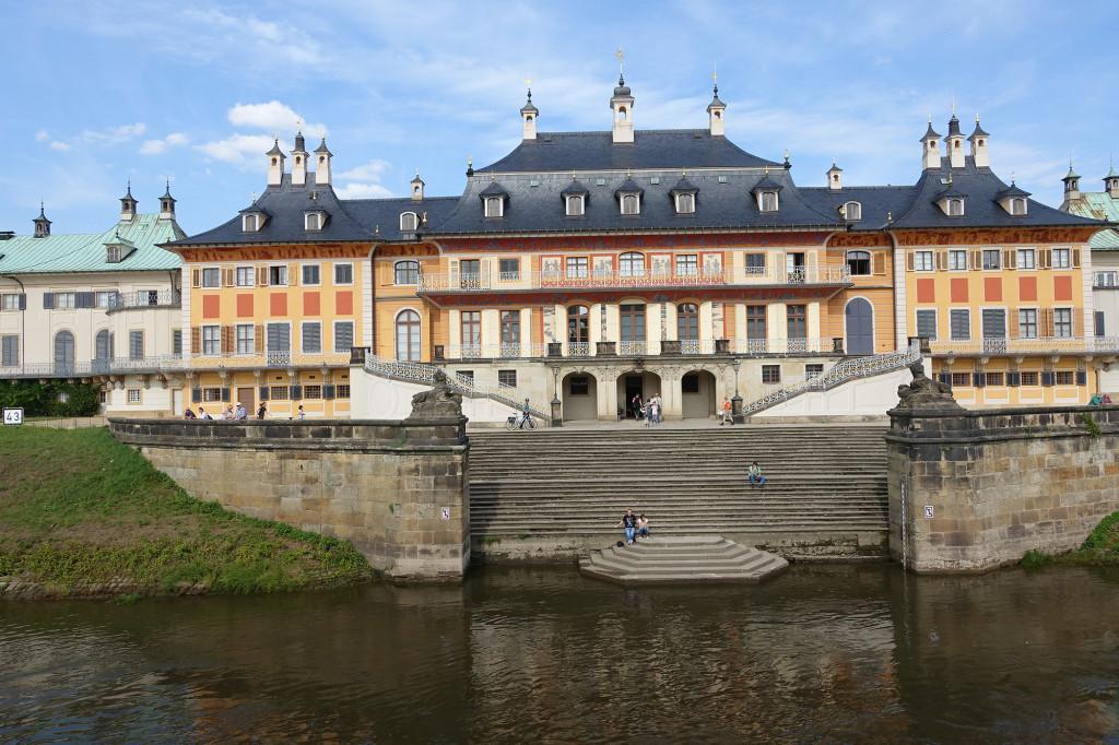 Fahrt auf der Elbe - Schloss Pillnitz