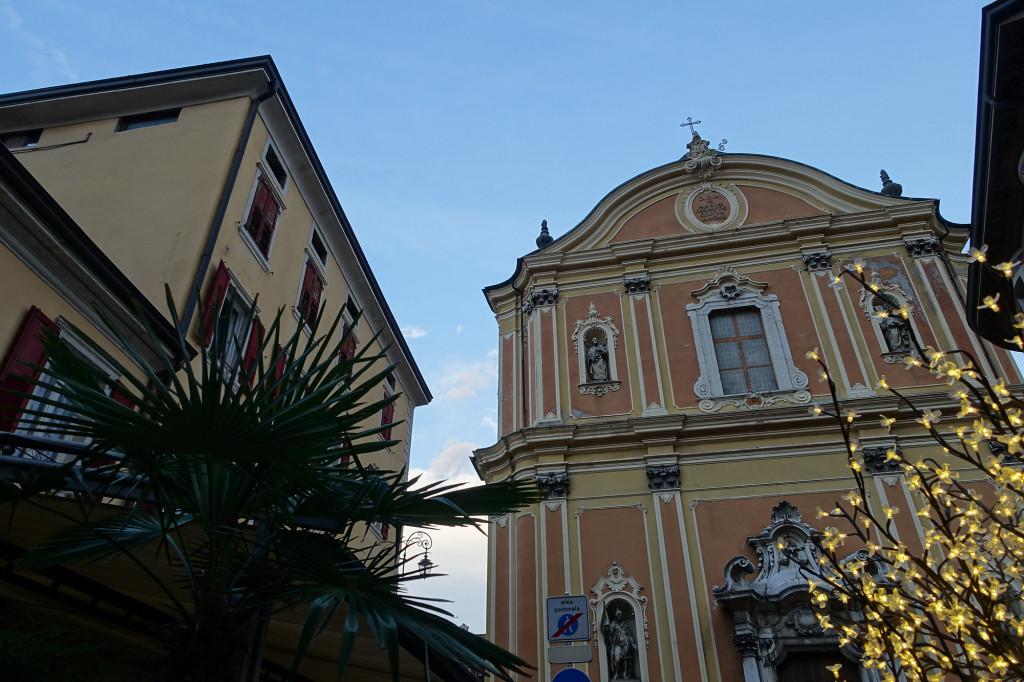 Blick auf die Chiesa Santa Maria Assunta