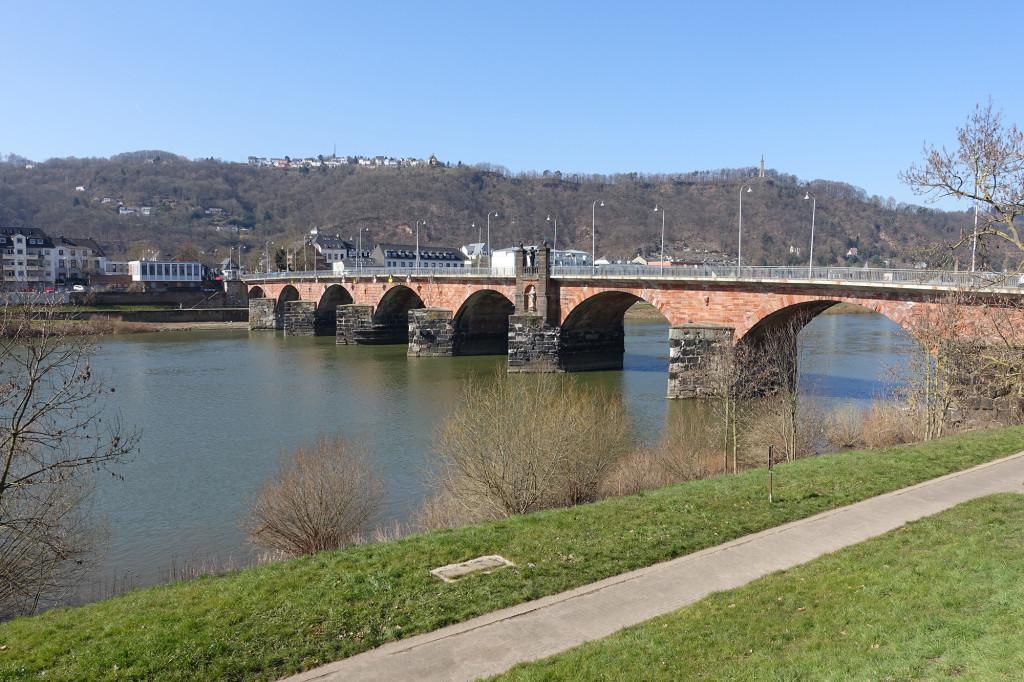 Römer-Brücke