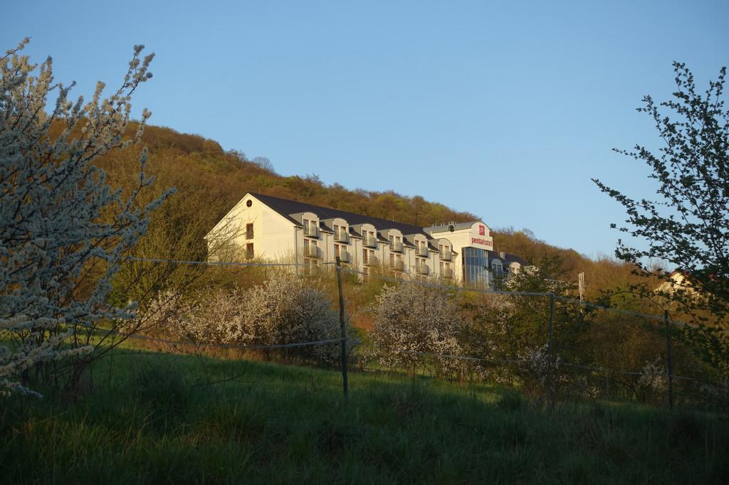 Blick zurück auf das Penta-Hotel