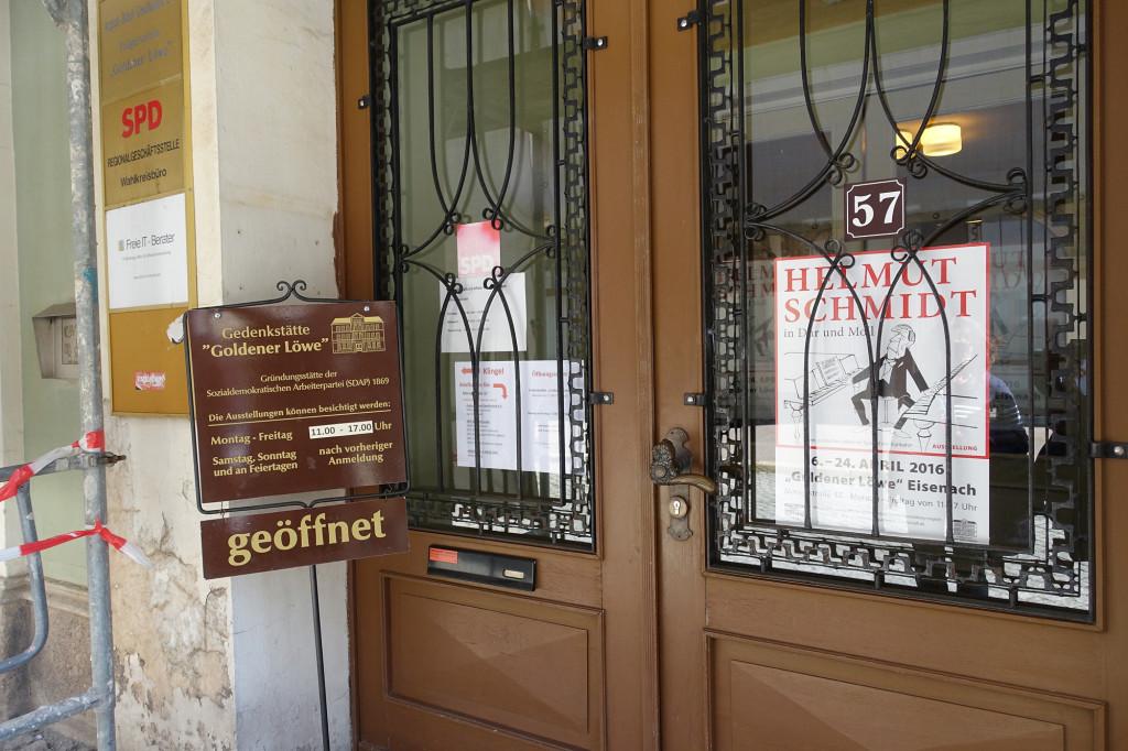 """Das ehemalige Gasthaus """"Goldener Löwe"""", Gründungsstätte der SDAP (Vorgänger-Partei der SPD)"""