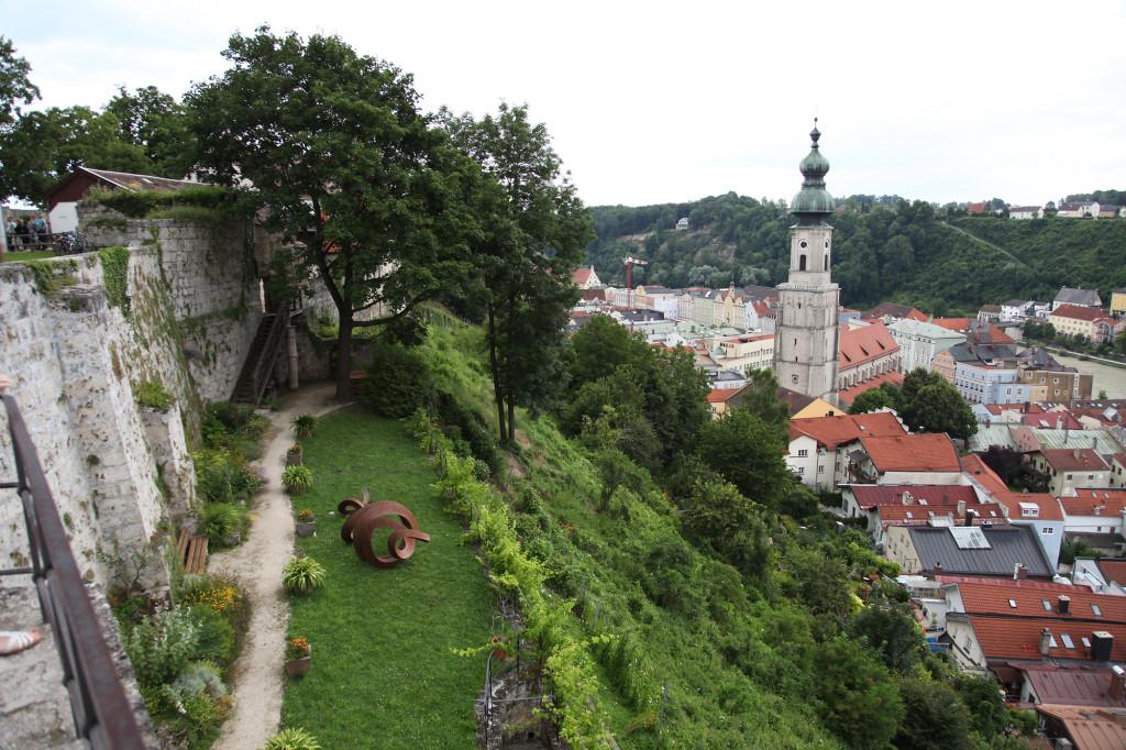 Burghausen - Burganlage - Blick hinunter zur Altstadt