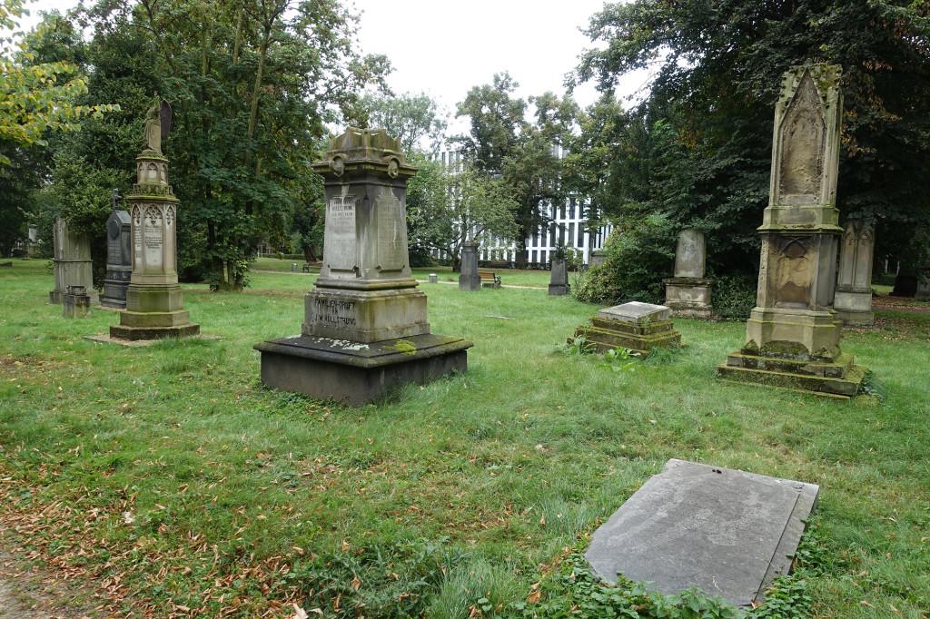 Düsseldorf - der Alte Golzheimer Friedhof