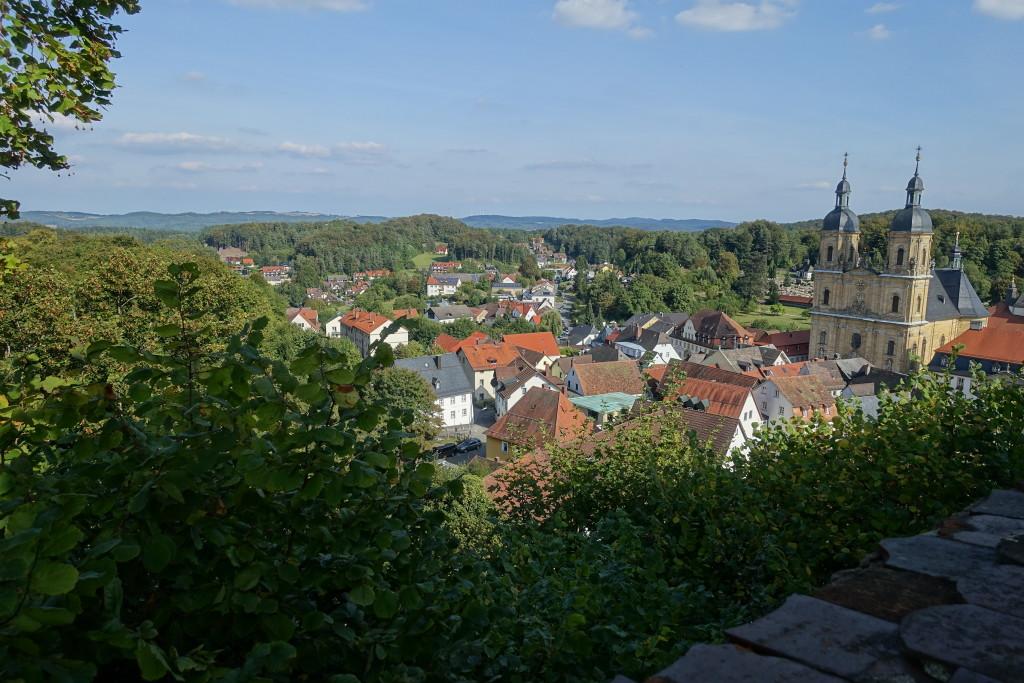 Gößweinstein - Blick von der Burg auf die Wallfahrts-Basilika