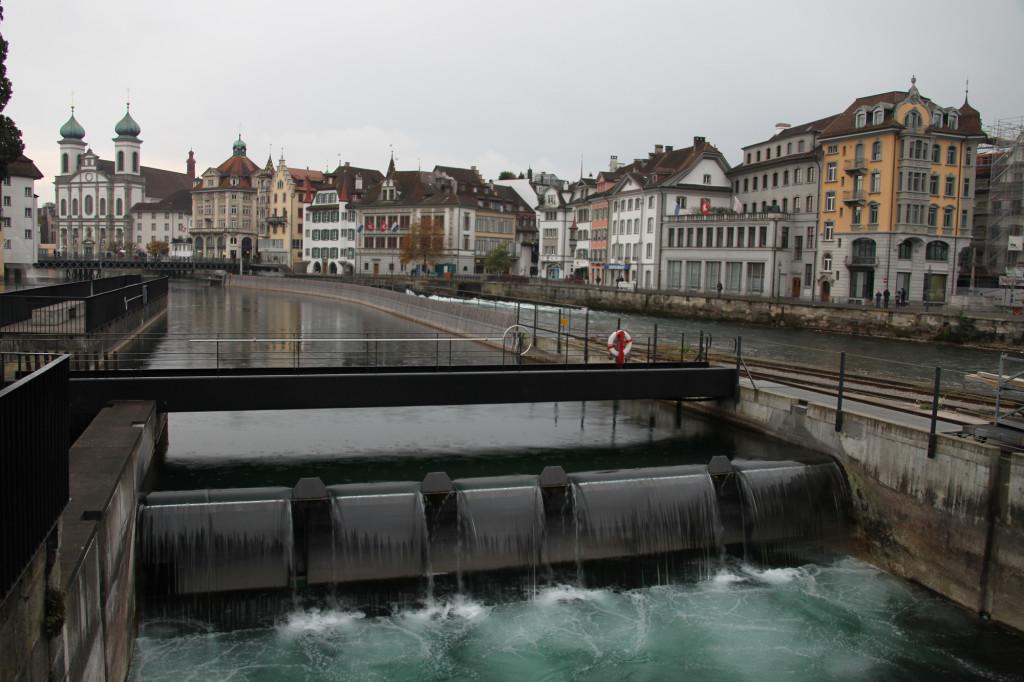Luzern - der von der Reuss abgezweigte Mühlenkanal