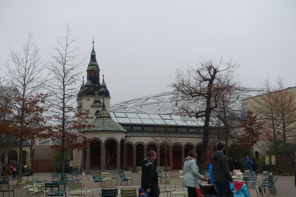 Zoo Leipzig - Blick auf die Kuppel des Gondwanaland