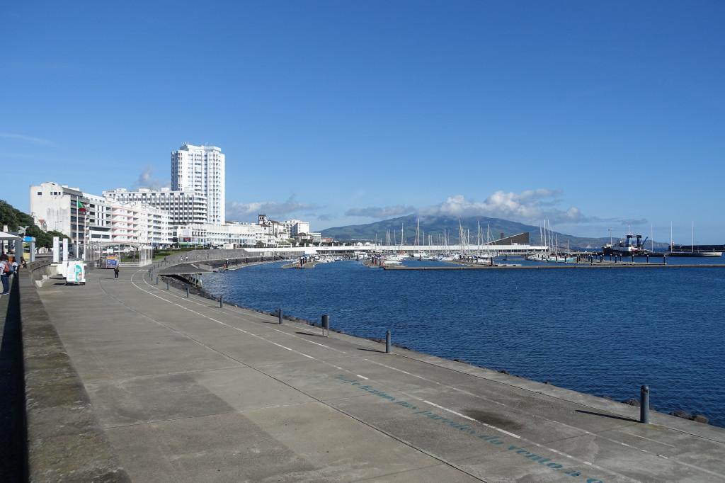 Ponta Delgada - Av. Infante Dom Enrique