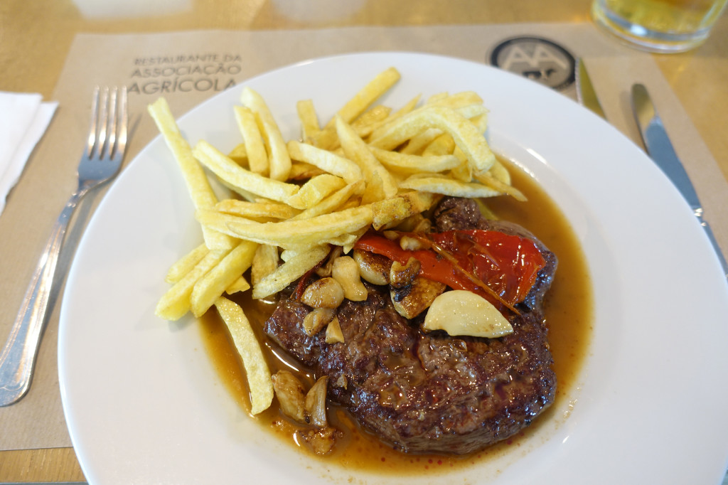 DSC06753 Azoren 2017 - Ausflug mittlere Nordküste - Santana - Restaurant