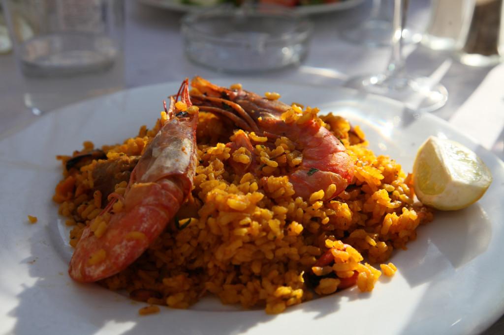 Paella Nr. 1 - in einem Restaurant an der Plaza de la Llotja