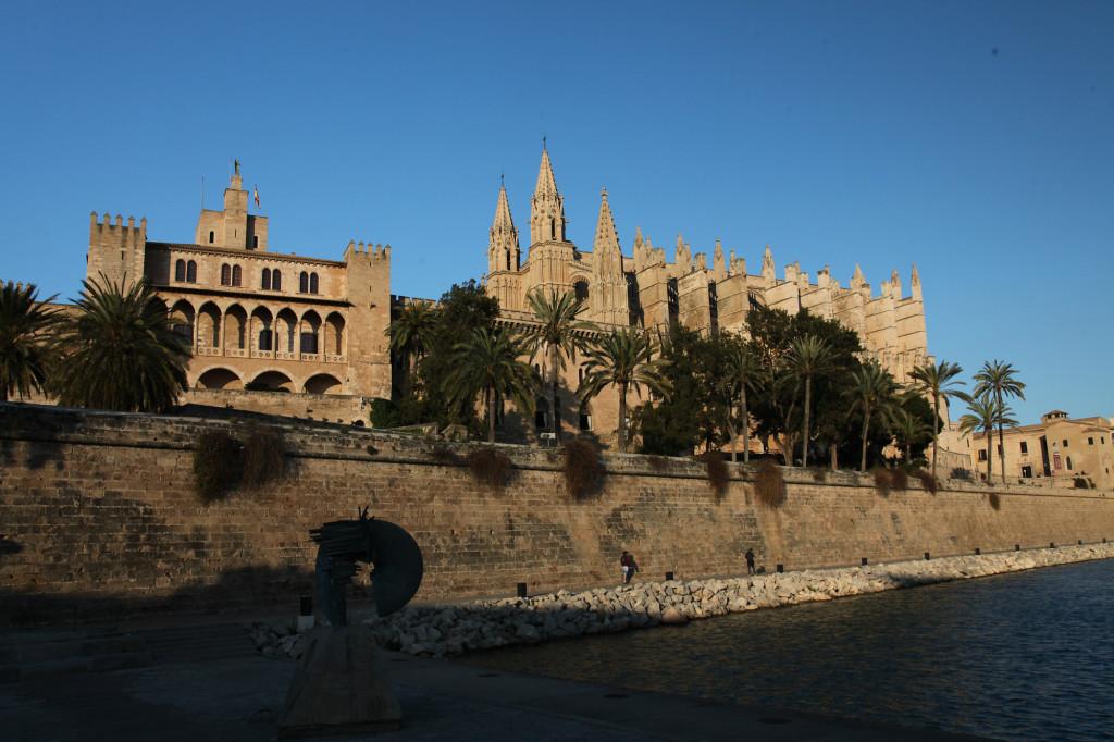 Palau de l' Almudaina und Kathedrale La Seu