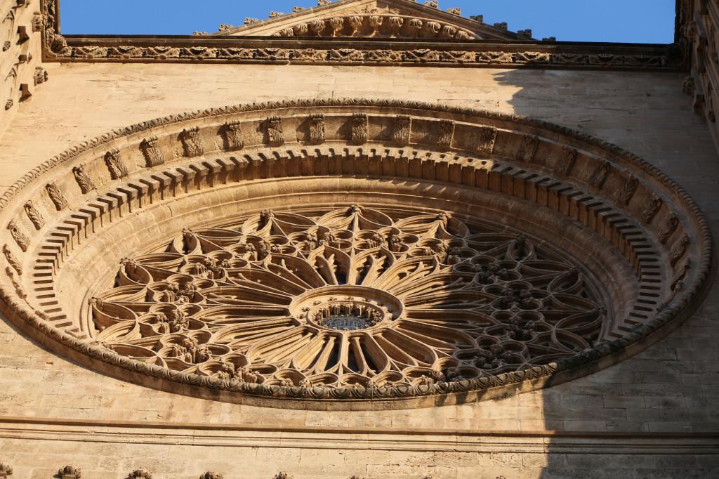 Kathedrale La Seu - die Rosette an der Westseite