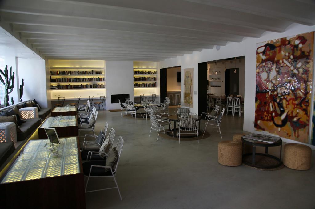 Hotel HM Balanguera - Lobby und Frühstücksraum