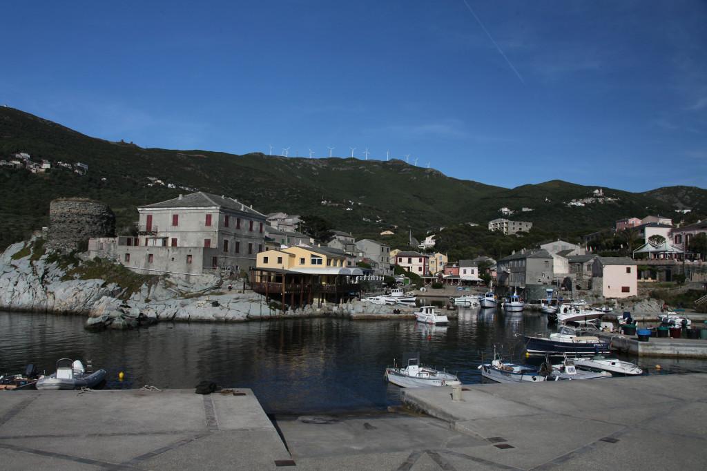 Centuri Port