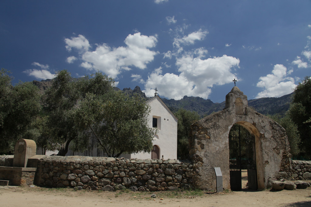 Die Kirche Sainte Restitude bei Calenzana