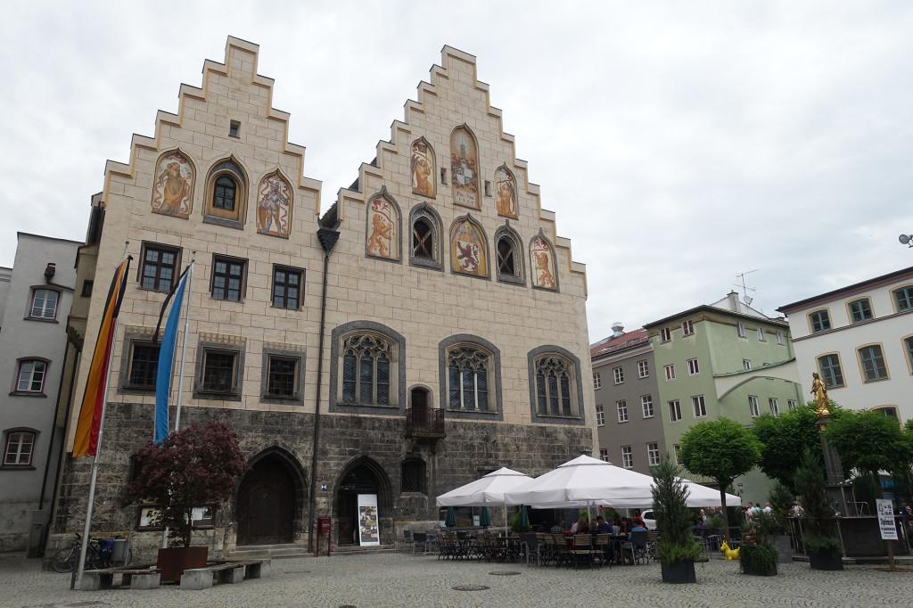 Wasserburg am Inn - Marienplatz mit dem Historischen Rathaus