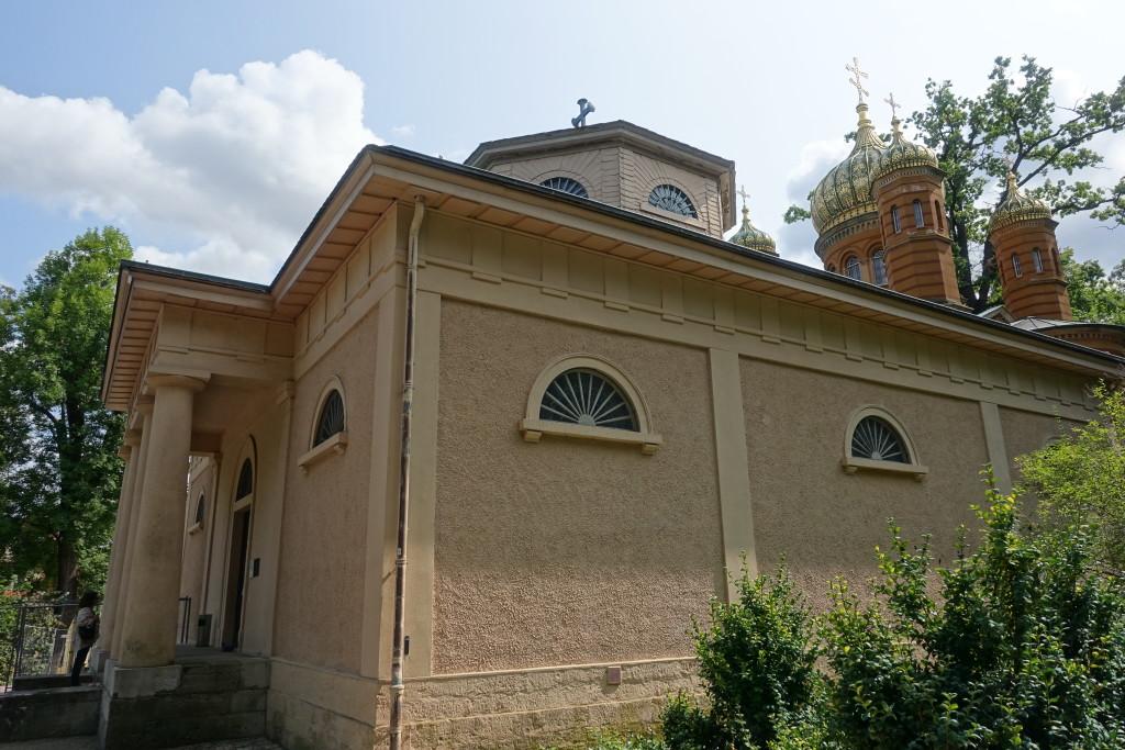 Historischer Friedhof - Fürstengruft vor der Russisch-Orthodoxen Kapelle