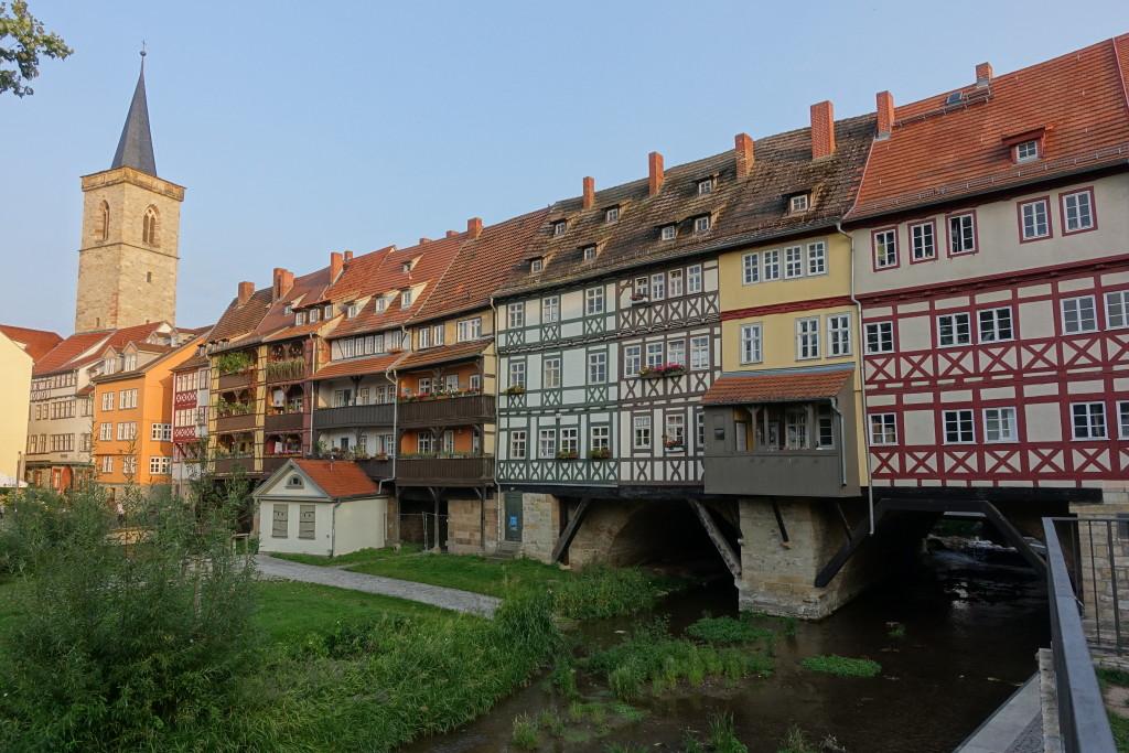 Krämerbrücke mit Turm der Ägidienkirche