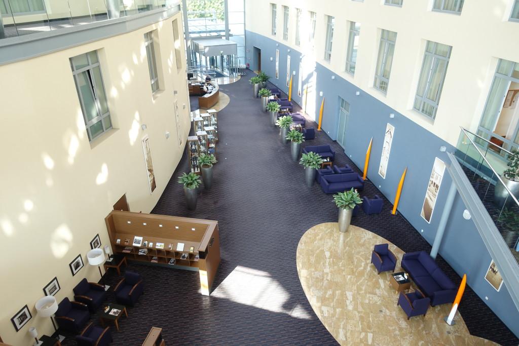 Dorint-Hotel - Lobby