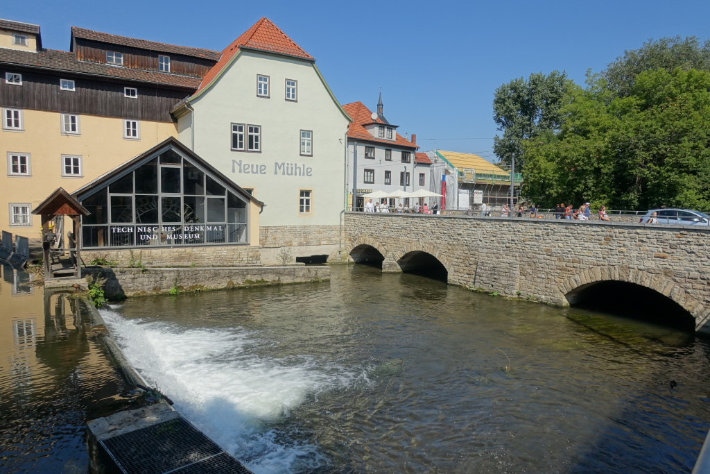 An der Schlösserbrücke über die Gera