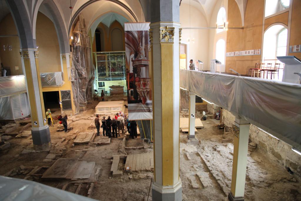 Herderkirche im Jahr 2012 - die Renovierung ist voll im Gange