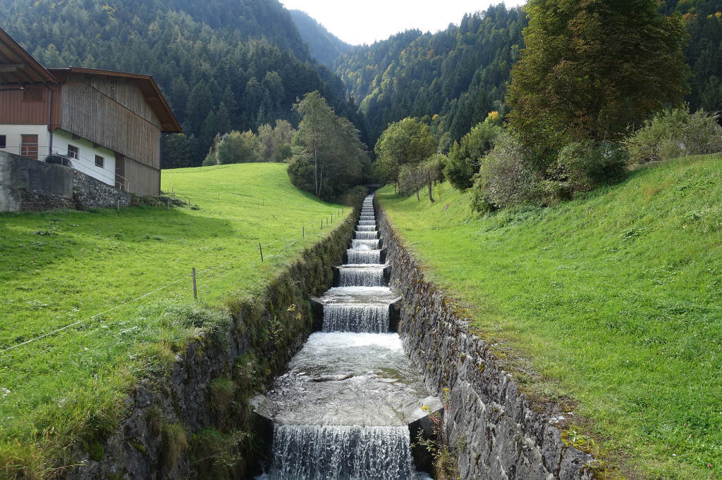 Schlitters - der Öxelbach unterhalb des natürlichen Wasserfalls
