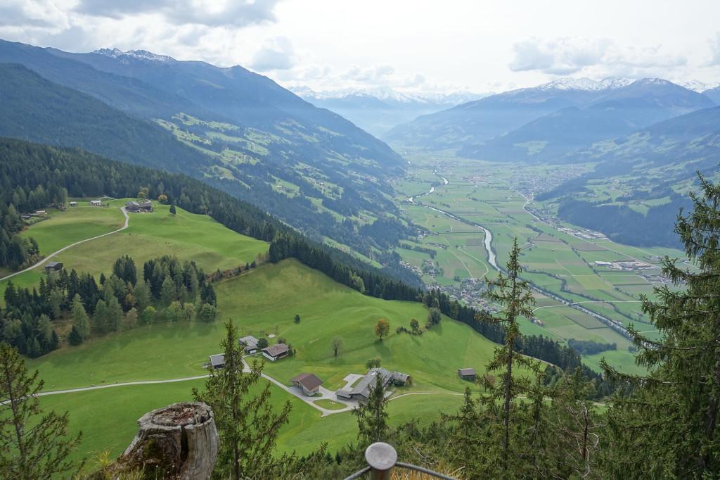 Blick vom Gipfel des Reither Kogel in das Zillertal