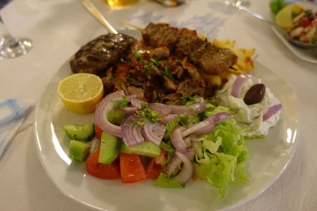 Restaurant La Casa - Griechische Platte, und danach war ich platt :-)