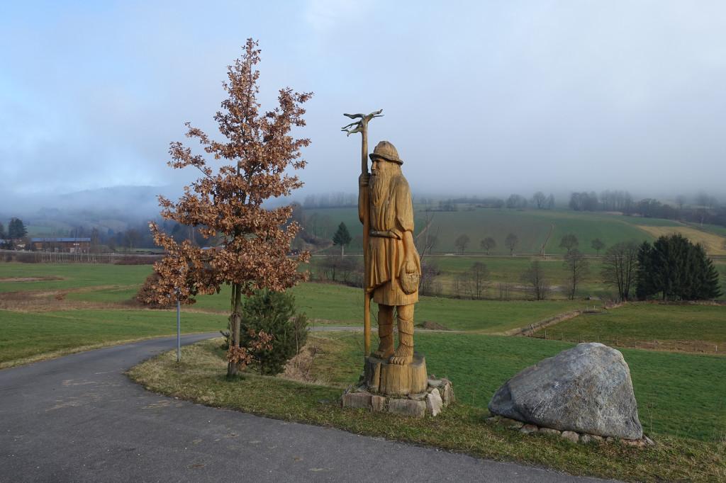 """Der Osser-Riese vor dem wieder vom Nebel verhüllten """"Großen Osser"""""""