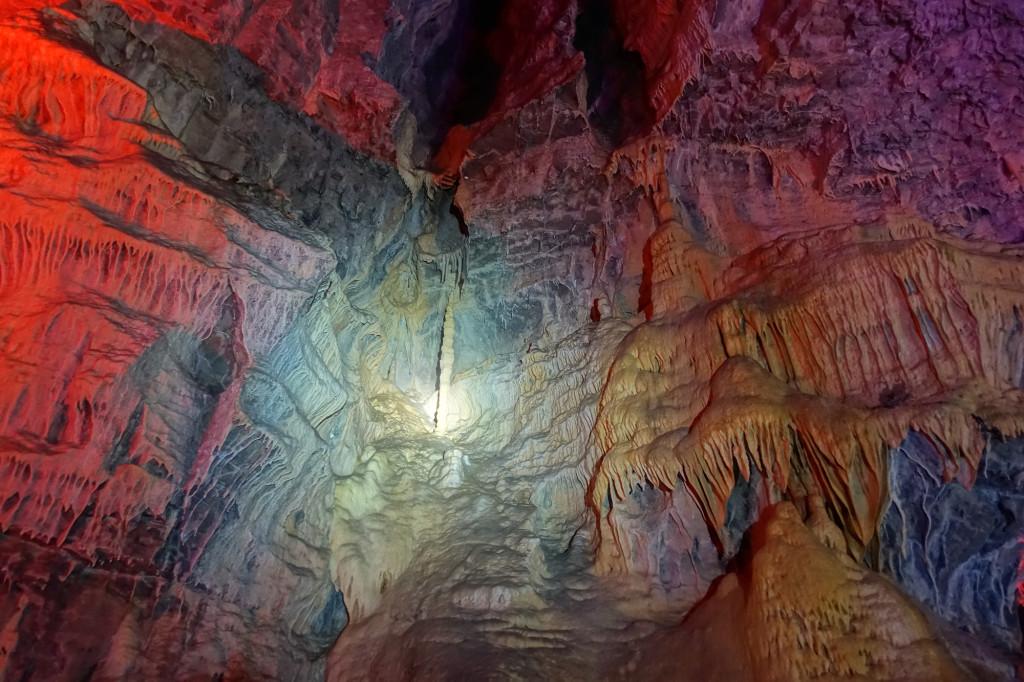 Baume-les-Messieurs - die Höhle