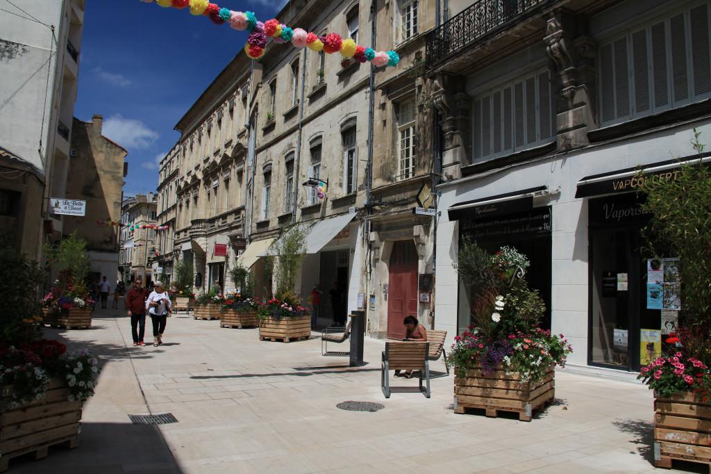 Die neugestaltete Straße - Rue Bonnetière