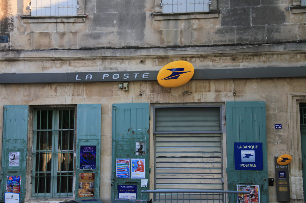 Maussane-les-Alpilles - hier ist selbst die Poststelle einen Blick wert