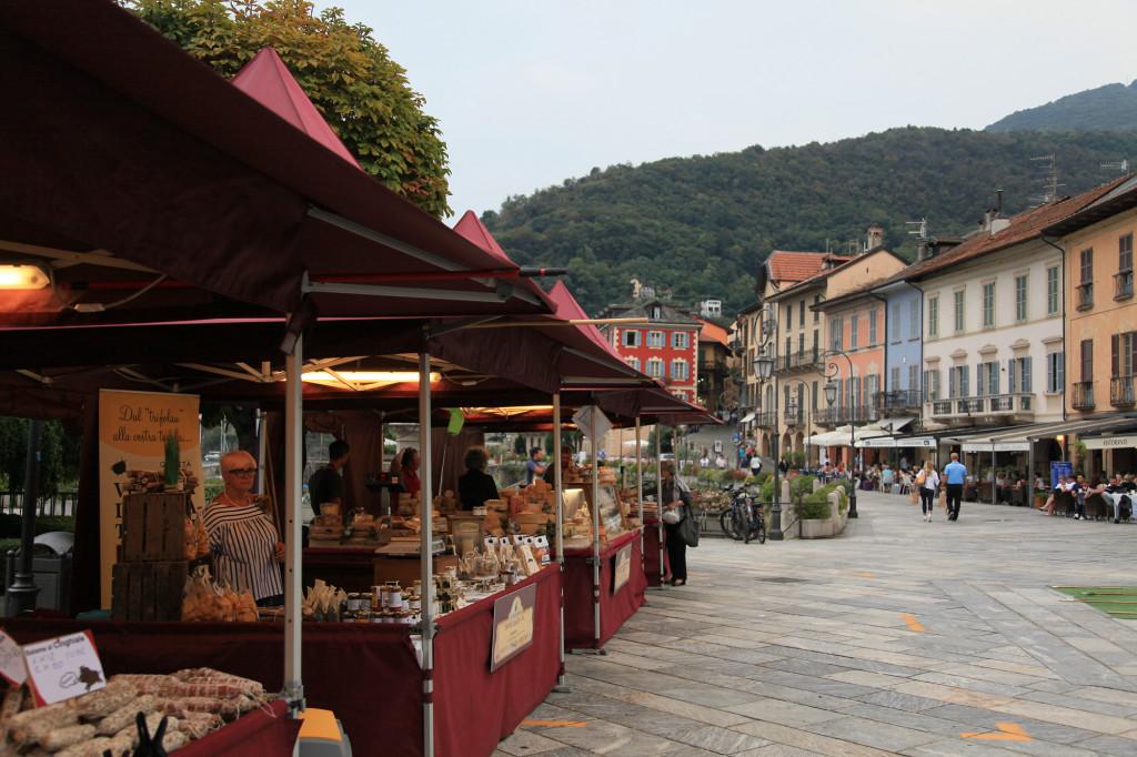 Cannobio - Spezialitätenmarkt
