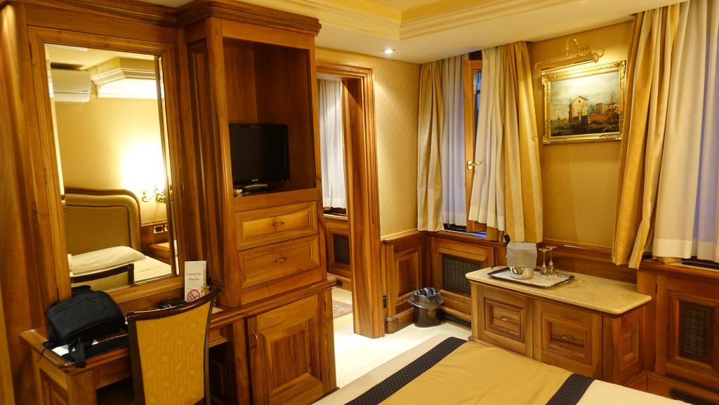 """Zimmer im Hotel """"Ca' dei Conti"""""""