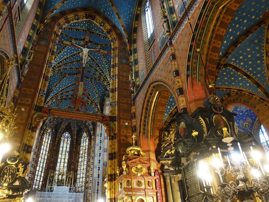 Marienkirche - unten links sieht man das Gerüst vor dem Marienaltar