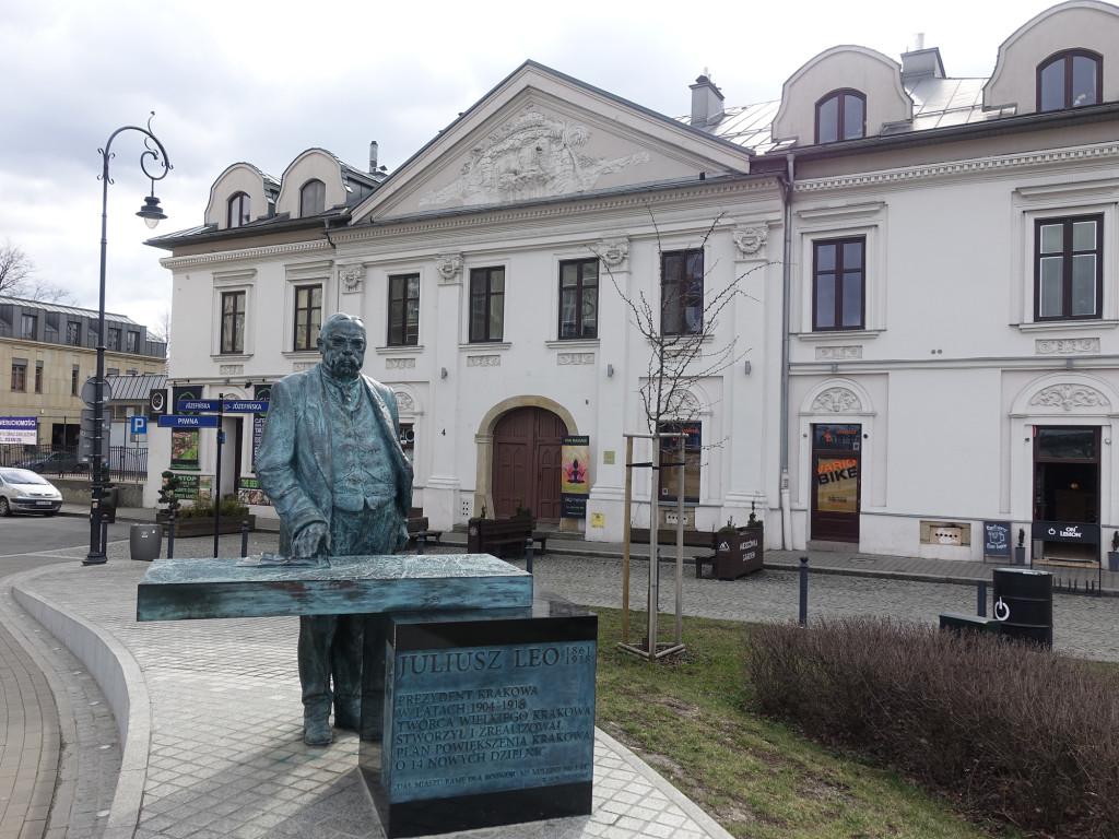 Das Denkmal für Juliusz Leo, einem früheren Bürgermeister von Krakau
