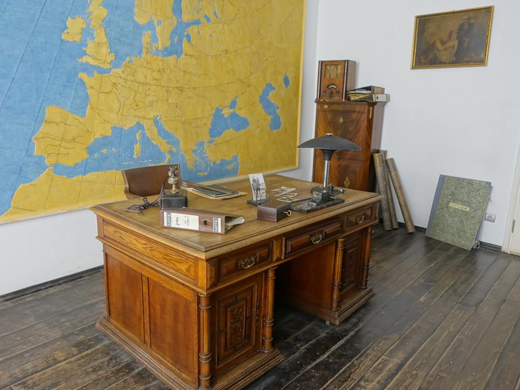 Schindlers Büro