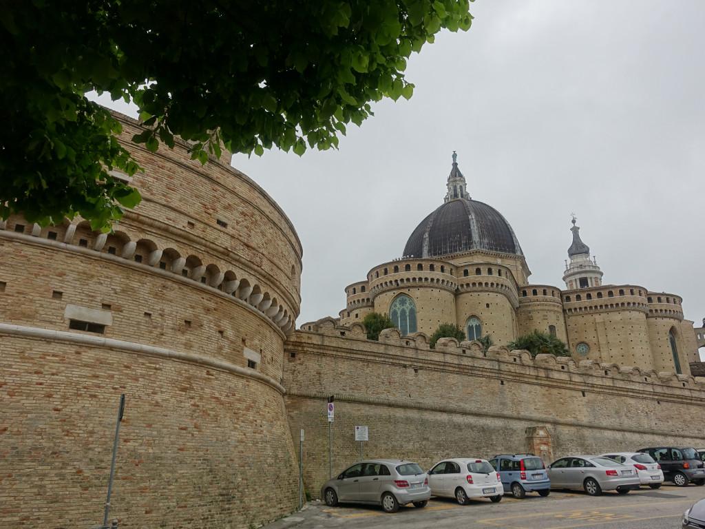 Loreto - die Basilika vom Heiligen Haus